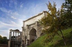 De Boog van Keizer Septimius Severus in Rome, Italië Stock Afbeelding