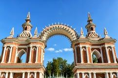 De boog van paleis van Catherine Groot in Tsaritsyno, Moskou Royalty-vrije Stock Foto's