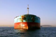 De boogmening van het Voorrecht van Maersk van het bulk-carrierschip verankerde in Algeciras baai in Spanje Royalty-vrije Stock Foto's