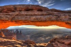 De boogzonsopgang van Mesa, Canyonlands Stock Afbeeldingen