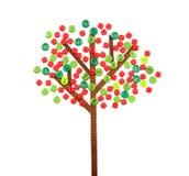 De boom van de appel die van knopen en lint wordt gemaakt Stock Foto's