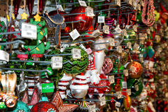 De Boomvertoning van de Kerstmisvakantie bij Detailhandel Royalty-vrije Stock Foto's
