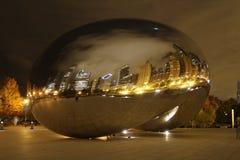 De boon van Chicago bij nacht Stock Foto's