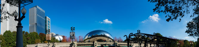 De boonspiegel van Chicago in millennial park Stock Foto