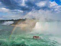 De Boot op Niagara-Rivier stock afbeelding