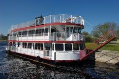 De boot van de peddel royalty-vrije stock fotografie