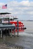 De boot van de peddel op de Mississippi Royalty-vrije Stock Foto