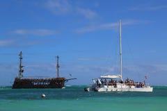 De boot van de piraatpartij en partijjacht in Punta Cana, Dominicaanse Republiek Royalty-vrije Stock Afbeelding