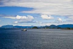 De Boot van de sleepboot in Sitka Alaska Royalty-vrije Stock Foto