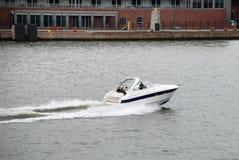 Snelheidsboot royalty-vrije stock afbeeldingen