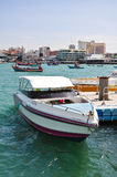 De boot van de snelheid bij baai Pattaya Stock Afbeeldingen