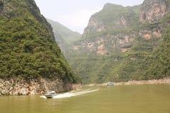 De boot van de snijder & van de toerist op rivier Yangtze royalty-vrije stock fotografie