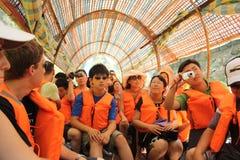 De boot van de toerist op rivier Yangtze royalty-vrije stock foto's