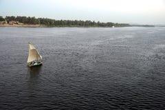De boot van Felucca op de Rivier van Nijl. (Egypte) royalty-vrije stock foto