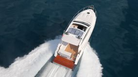 De boot van het motorjacht stock footage