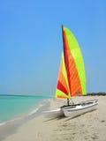 De boot van het strand royalty-vrije stock afbeelding