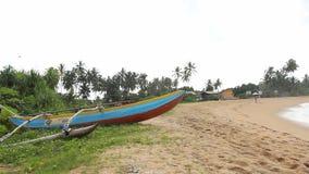 De boot van Sri Lanka voor visserij stock footage