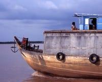 De Boot van Vietnames op Mekong Stock Foto