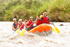 De Bootavontuur van Rafting van de Whitewaterrivier Stock Afbeelding