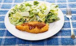 De Borst en Caesar Salad van de barbecuekip Royalty-vrije Stock Fotografie