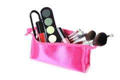 De borstel en de schoonheidsmiddelen van de make-up Stock Afbeeldingen