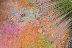 De borstel van de samenstelling op kleurrijk verpletterd oog Stock Afbeelding
