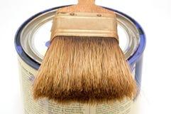 De borstel van de verf en kan Stock Foto