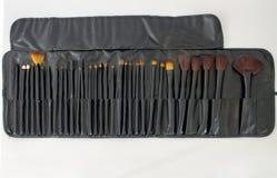 De borstels worden geplaatst voor maken omhoog kunstenaar die Royalty-vrije Stock Afbeelding