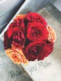 De bos van rozen 'dankt u Mum' Royalty-vrije Stock Fotografie