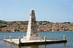 De Bosset Obelisco em Argosotoli, Kefalonia Imagens de Stock Royalty Free