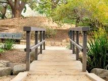 De botanische gang van de tuinbrug in Santa Barbara California royalty-vrije stock afbeelding