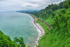 De botanische spoorweg van tuingeorgia batumi op kust dichtbij de kust van de Zwarte Zee royalty-vrije stock foto's