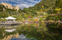 De Botanische Tuinen van Trauttmansdorff-Kasteel, Merano, Italië Stock Foto