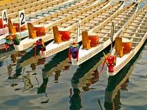 De boten van de draak Stock Afbeeldingen