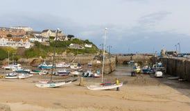 De boten van de Noord- newquayhaven Cornwall Engeland het UK Stock Fotografie