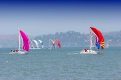 De boten van het zeil royalty-vrije stock afbeeldingen