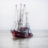 De boten van Noordzeegarnalen Royalty-vrije Stock Foto's