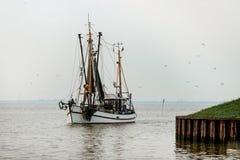 De boten van Noordzeegarnalen Stock Fotografie