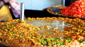 De boterachtige voorbereiding van pavbhaji Stock Foto's
