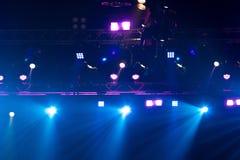 De bouw licht pari van de prestaties bewegend verlichting stock afbeelding