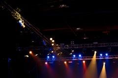 De bouw licht pari van de prestaties bewegend verlichting stock afbeeldingen