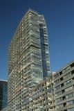 De bouw met moderne vlakten Stock Foto