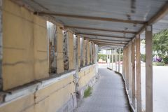 De bouw, onderhoud, bouwlaster op duur huis repairs1 stock foto
