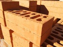 De bouw van baksteen op een pallet Royalty-vrije Stock Foto's