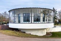 De bouw van Bauhauskornhaus in Dessau, Duitsland Royalty-vrije Stock Afbeeldingen