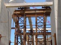 De Bouw van de brug Stock Foto