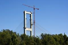 De Bouw van de brug Stock Afbeeldingen