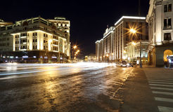 De bouw van de Douma van de Staat van de Federale Assemblage van Russische Federatie (bij nacht) moskou Royalty-vrije Stock Foto
