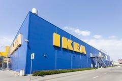 De bouw van de IKEA-opslag in Warshau, Polen Stock Afbeelding