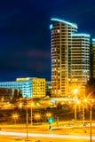 De Bouw van de nachtscène in Minsk, Wit-Rusland Stock Afbeeldingen